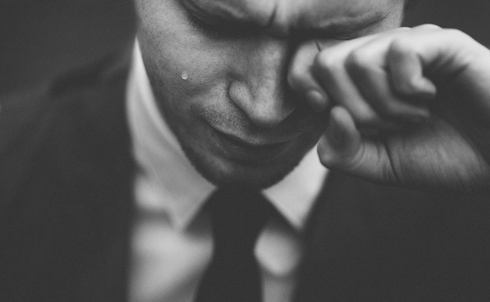 When Men Cry | Loveawake.com blog